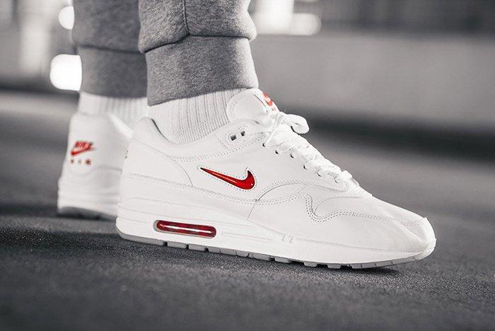 Nike Air Max 1 Jewel Red 12