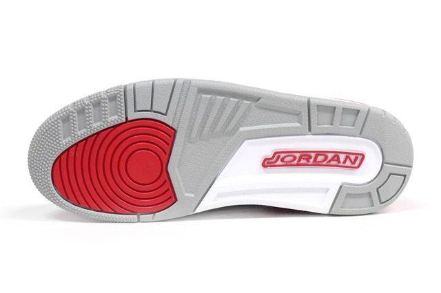 Air Jordan 3 Fire Red Sole Profile