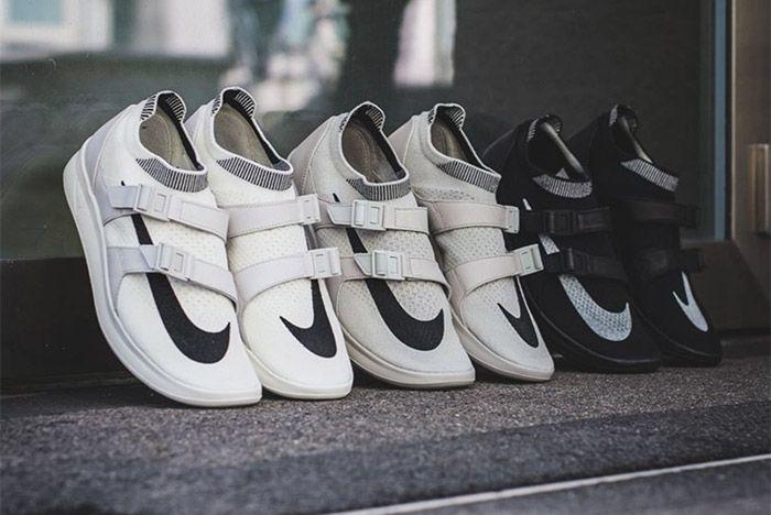 Nike Sock Racer Flyknit 9