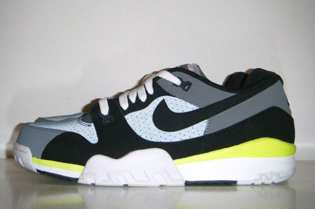 Nike Trainer 88 Sample 2013 Profile 1
