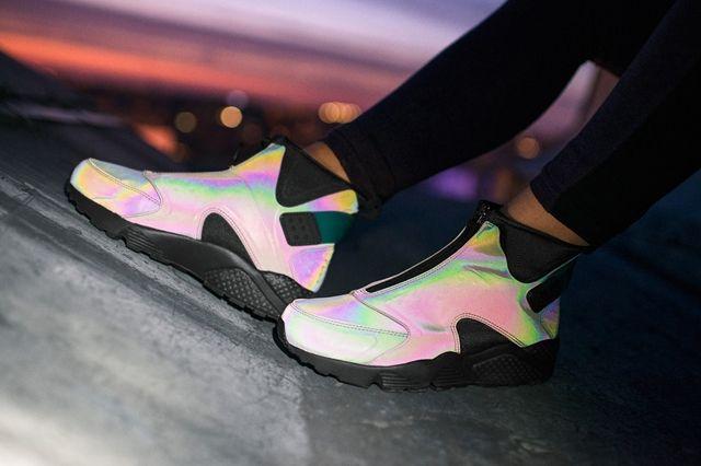 Nike Air Huarache Run Mid Iridescent 4