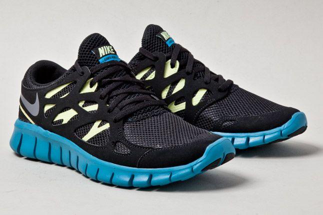 Nike Womens Free Run 2 Blk Blue 1