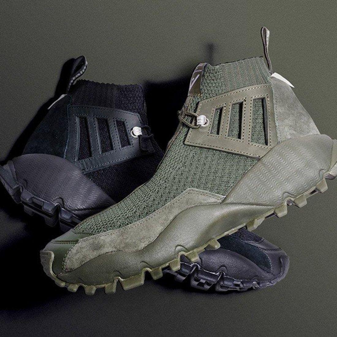 Carretilla Embotellamiento corazón perdido  White Mountaineering X Adidas Seeulater Alledo PK - Sneaker Freaker