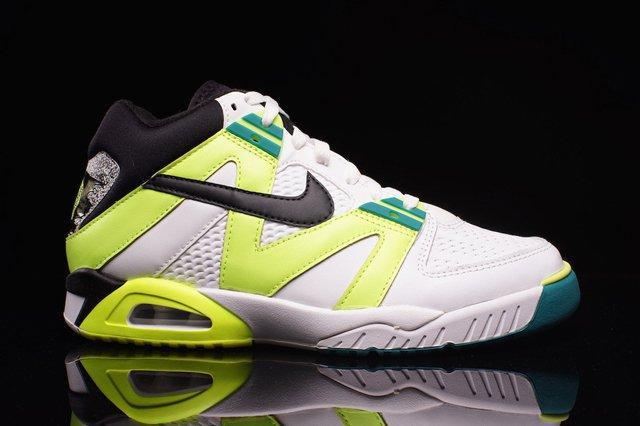 Fonética apilar Turista  Nike Air Tech Challenge III (OG Volt) - Sneaker Freaker