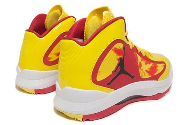 Hulk Hogan Nike 1