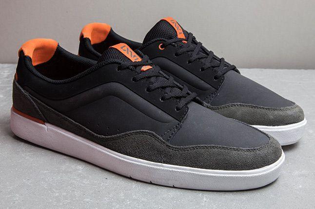 Vans Inscribe Sneaker 1