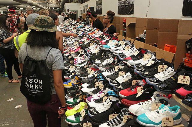 Sneaker Con 63