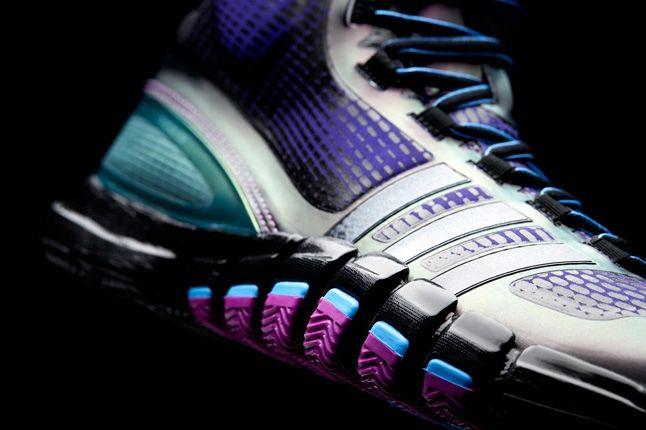 Crazyquick Black Purple Teal Hero Outer Heel Detail 1