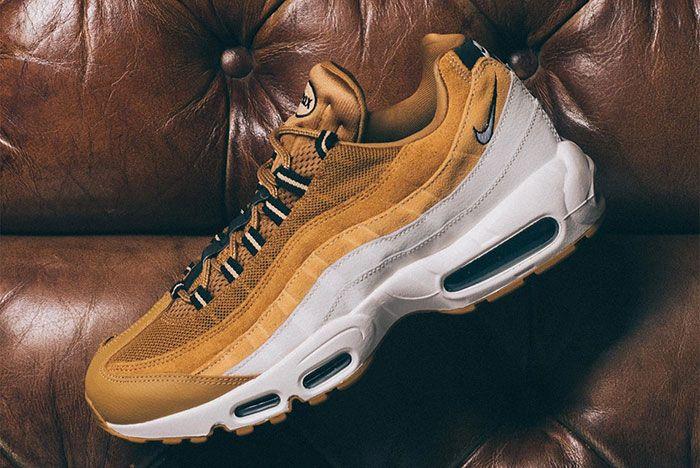Nike Air Max 95 Wheat Gold At9865 700 Lateral