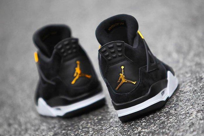 Air Jordan 4 Royalty 7