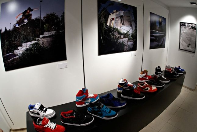 Nike Sb Fluff Pop Up Store 24