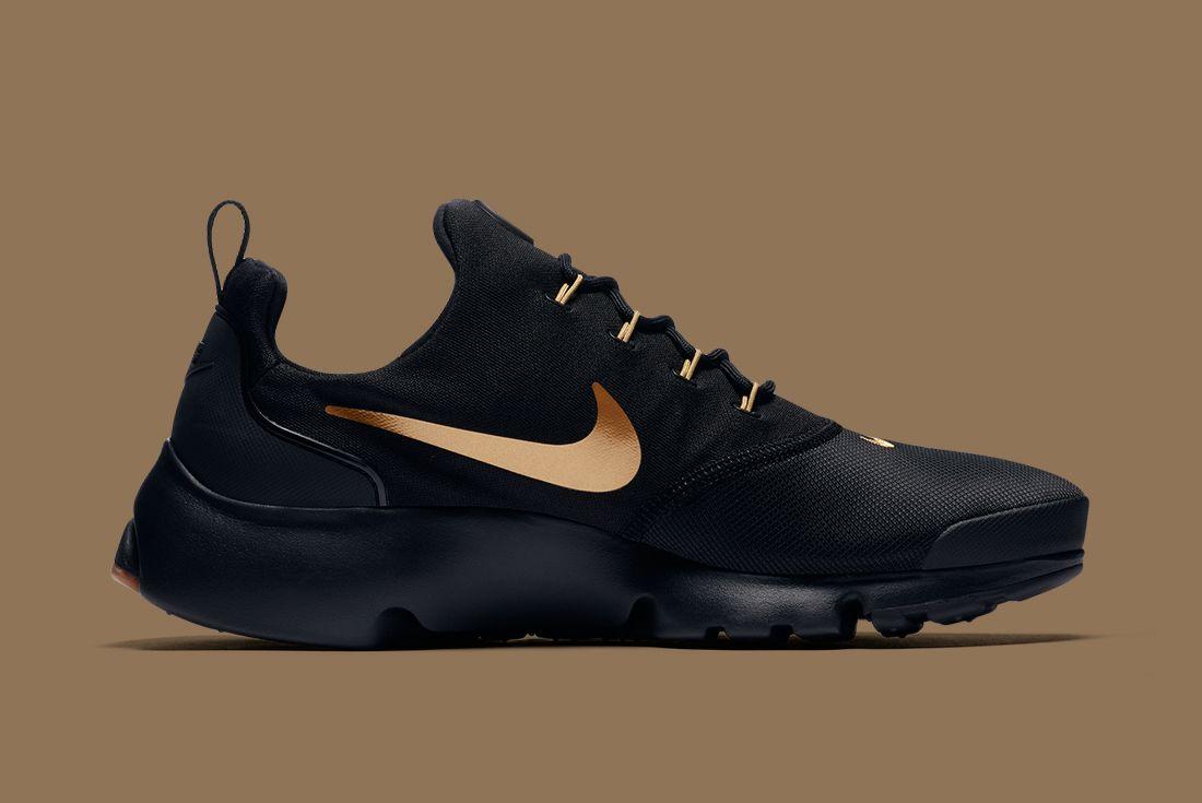 Nike Black Gold Pack 20