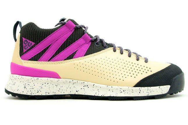 Nike Okwahn 2 2 1