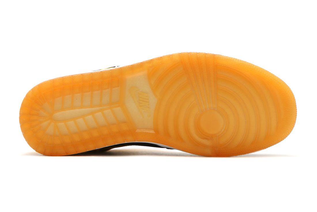 Nike Air Jordan 1 Varsity Maize 3