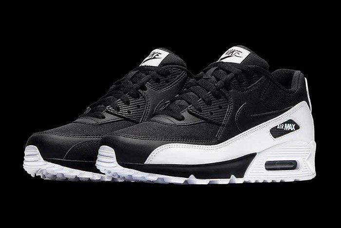 Nike Air Max 90 Essential Black White 5