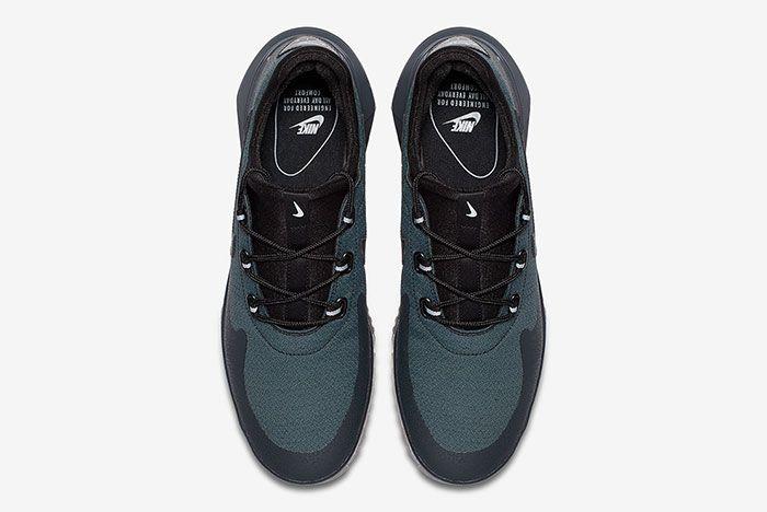 Nike Air Wild Black 3
