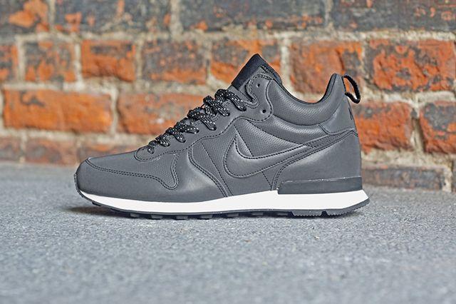 Nike Internationalist Mid 8