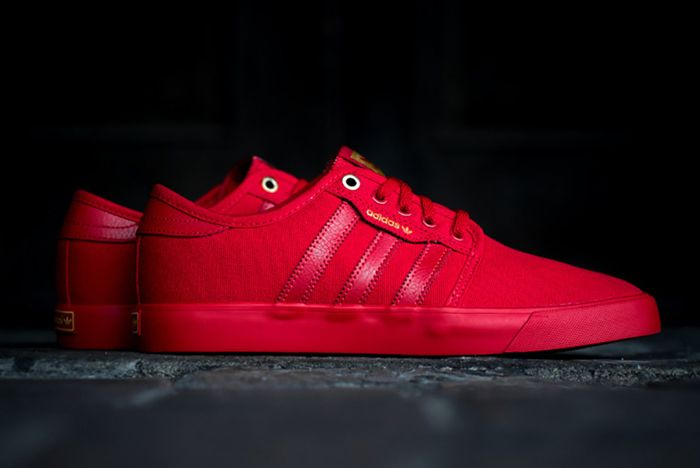 Adidas Seeley Red