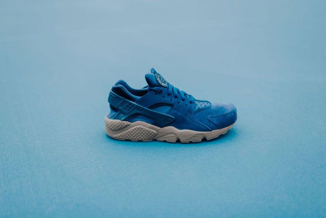 Nike Air Huarache Binary Blue 3