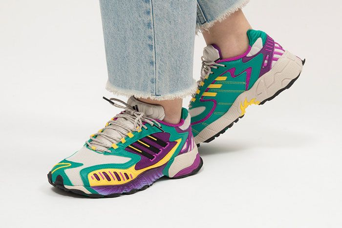 Adidas Torsion Trdc Wmns Eg8445 Purple White Laterl On Foot Side Shot