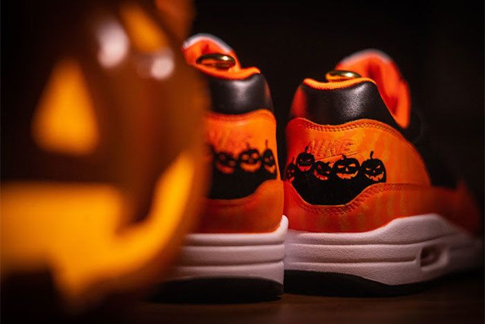 Nike Air Max 1 Halloween Custom 2018 1