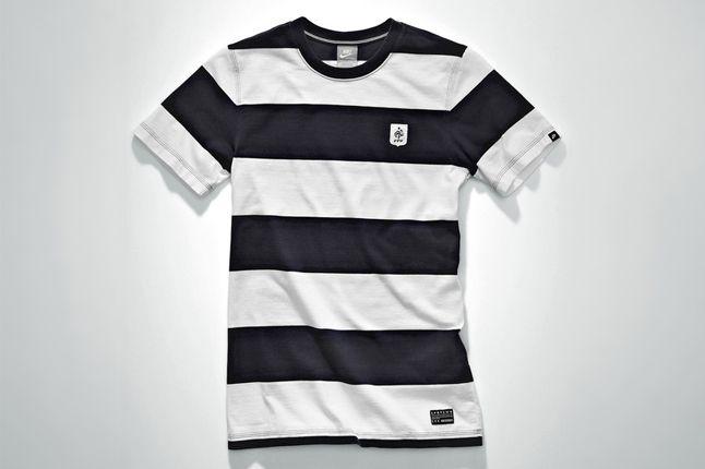 Nike Football Sportswear 51 1