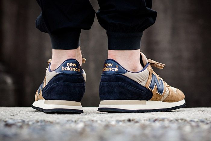New Balance 770 Made In England Beige Navy 2