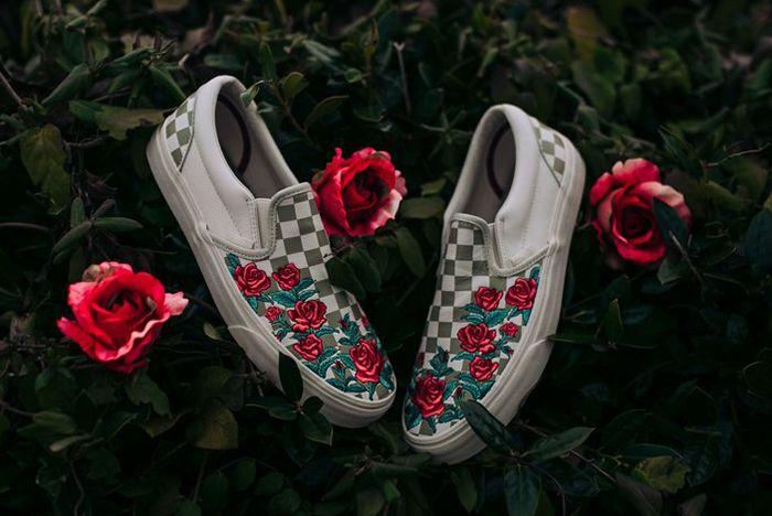 Vans Slip On Roses Sneaker Freaker 5