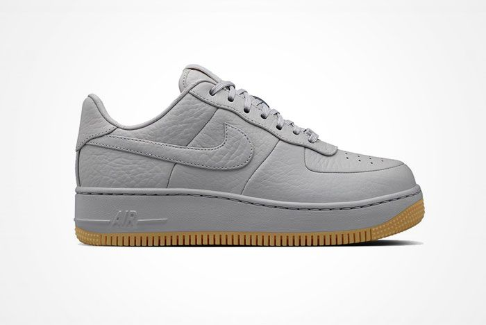 Nike Air Force 1 Up Step 2