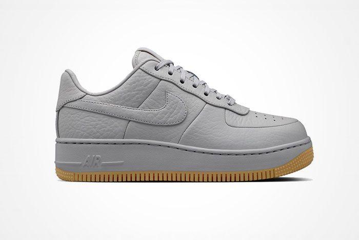 Nike Air Force 1 Up Step 2
