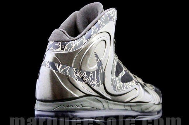 Tiger Camo Nike Swoosh 1