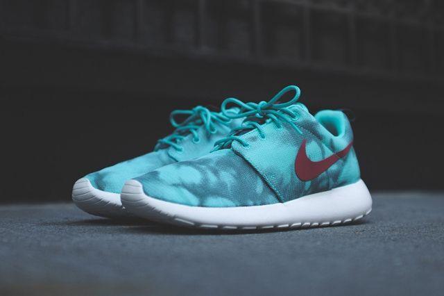 Nike Roshe Run Hyper Jade 4