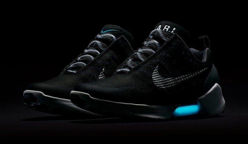 Nike Hyperadapt 843871 001 2