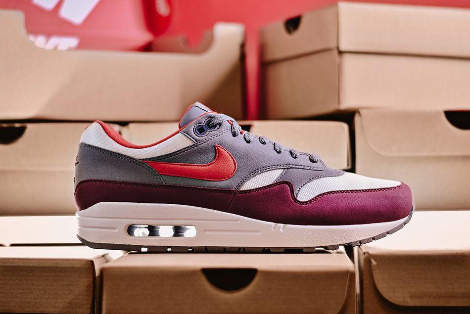 Air Max 1 University Red Sneaker Freaker 5