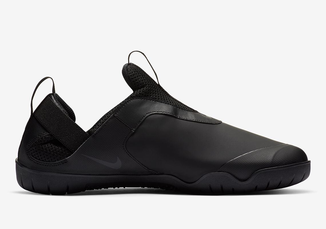 Nike Air Zoom Pulse Triple Black Right