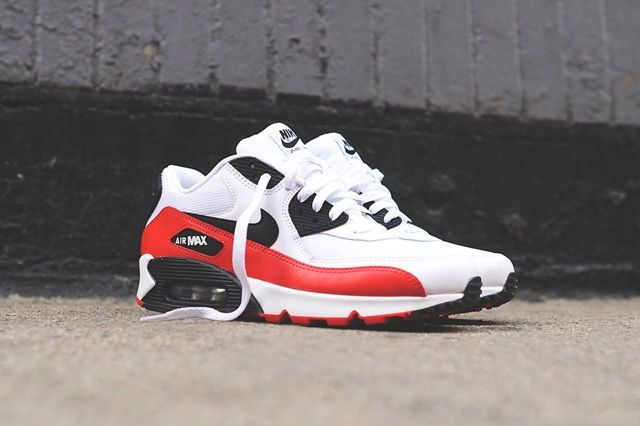 Nike Air Max 90 White Red Black 1