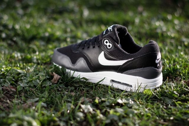 Nike Air Max 1 Gs Black Dark Grey