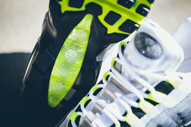 Nike Air Max 95 Patch Neon 6