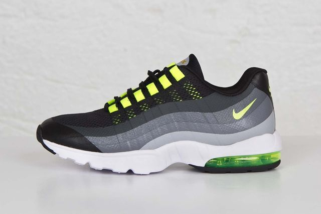 Nike Am95 Ultra Black Volt 1