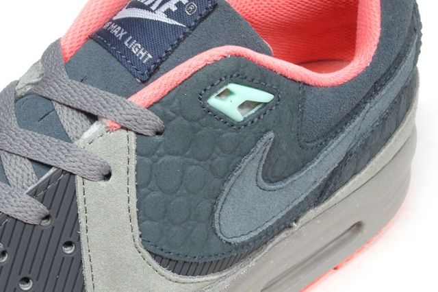 Mita Sneakers Nike Air Max Light Qs 2