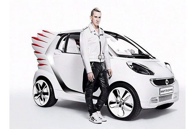 Jeremy Scott Smart Car 1