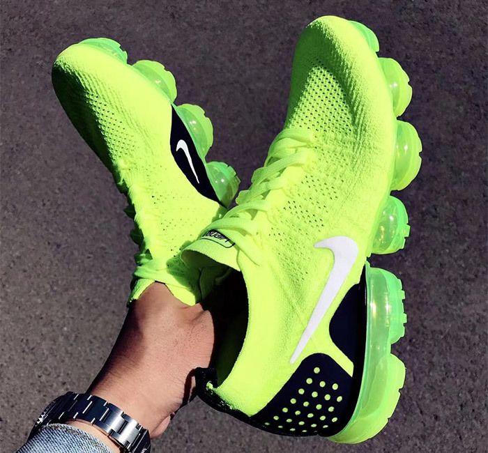 Nike Air Vapormax 2 Flyknit Volt 942842 700 5