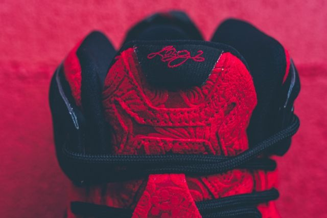 Nike Lebron 12 Ext Red Paisley 2