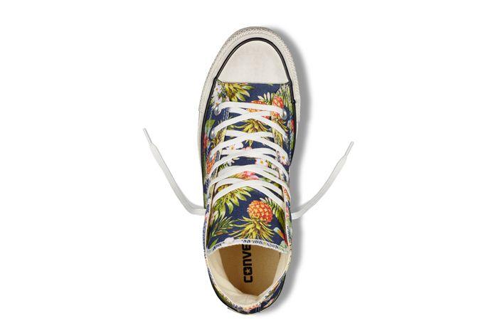 Chuck Taylor All Star Floral Denim4