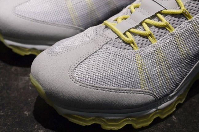 Nike Wmns Air Max 95 Dynamic Flywire Yellow Grey Toebox 1
