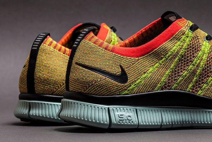 Nike Free Fly Knit Nsw Crimson 3