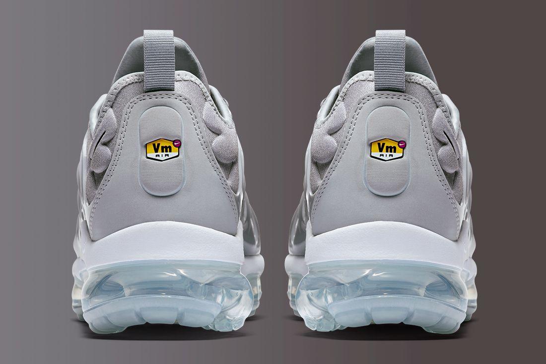 Nike Air Vapormax Plus 14