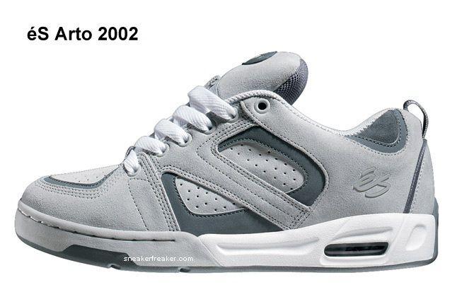 2002 Sp Arto Gry Wht 3