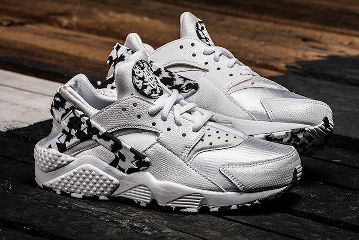 presumir pavo escena  Nike Air Huarache Run Wmns (Silver/Arctic Camo) - Sneaker Freaker