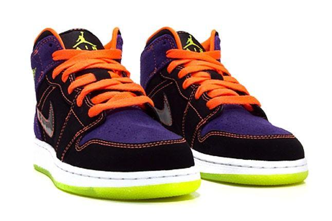 Nike Air Jordan Mnstars 1